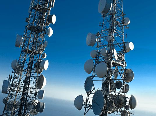 WiFi straalverbinding: overbrugging van stevige afstanden